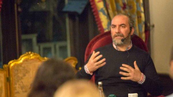 Tarık Tufan, Düşerken romanı röportajı